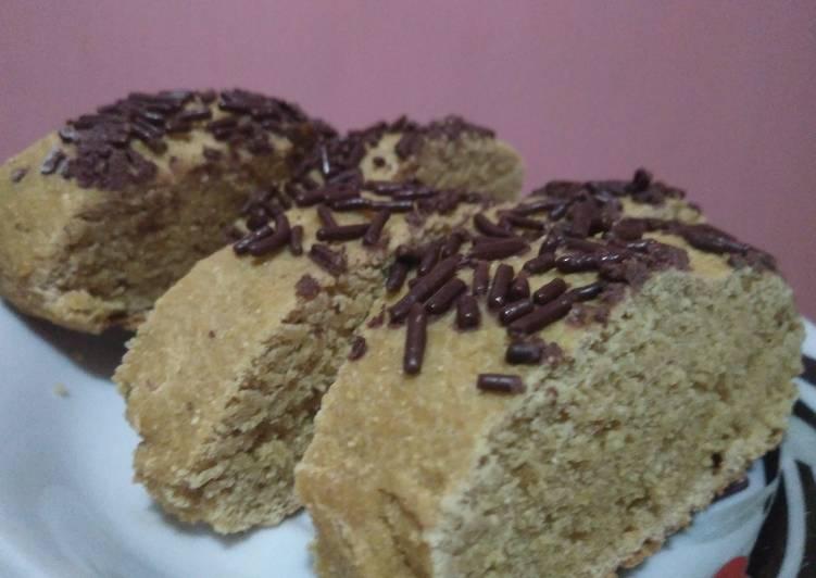 Resep: Roti Ganjel Rel dengan Tepung Gaplek ala resto
