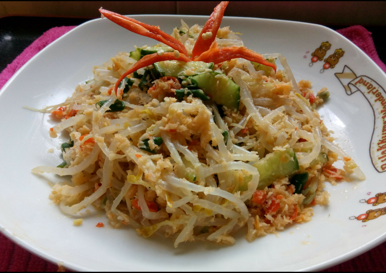 Cara memasak Vegetables salad with coconut dressing atau lebih dikenal dengan sayur gudangan/ urap istimewa