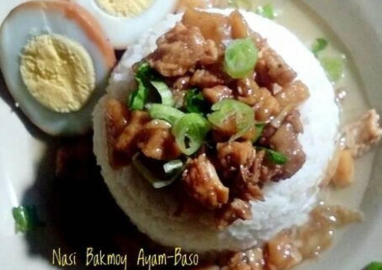 Nasi Bakmoy ayam baso