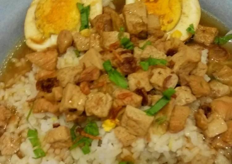 Resep memasak Nasi Bakmoy yang menggugah selera