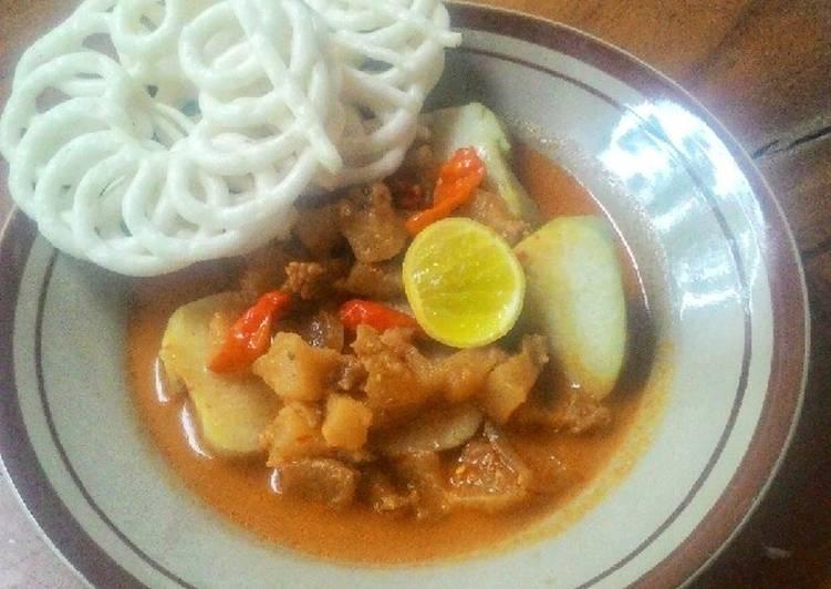 Cara memasak Lontong Kikil (cecek) ala resto