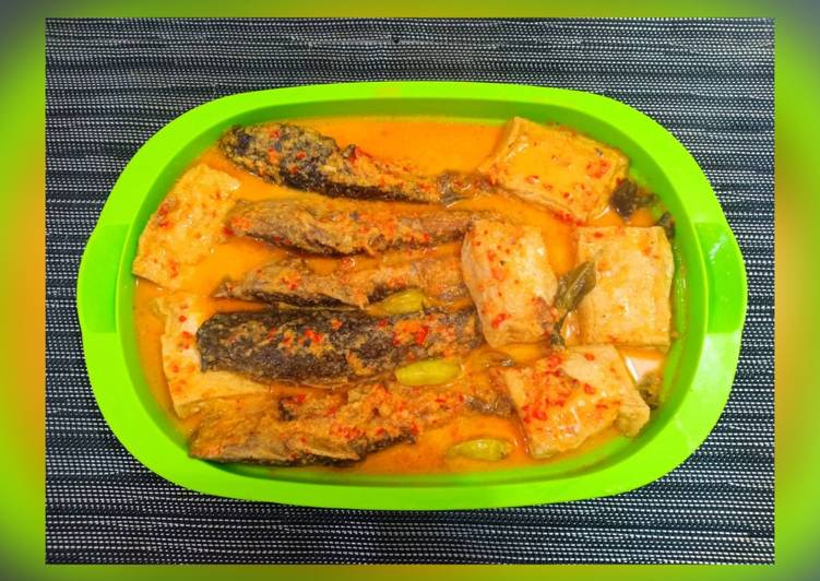 Cara memasak Mangut lele pedas