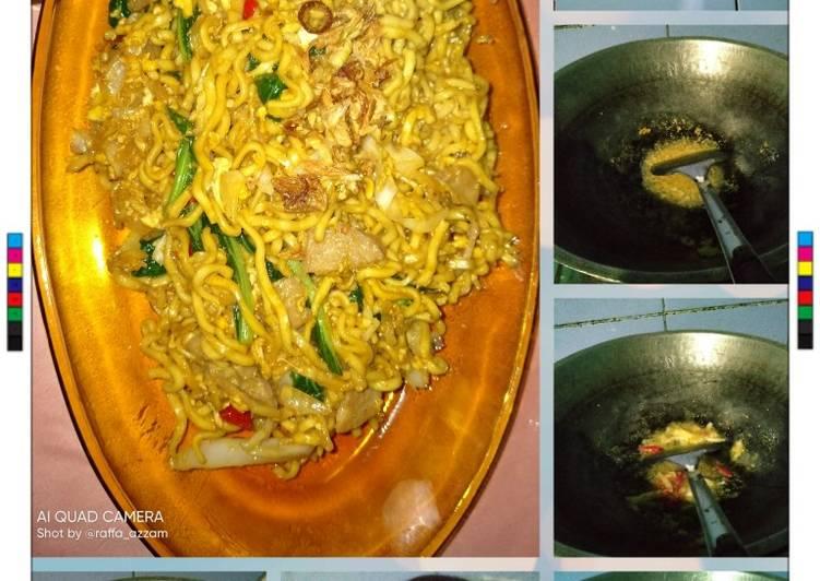 Cara Mudah memasak Mie tektek goreng Bakso yang menggugah selera