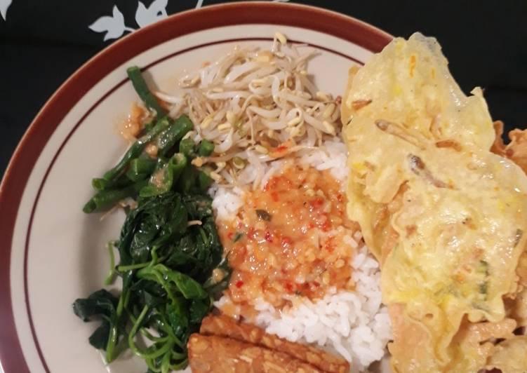 Cara Mudah membuat Nasi pecel rumahan sederhana enak