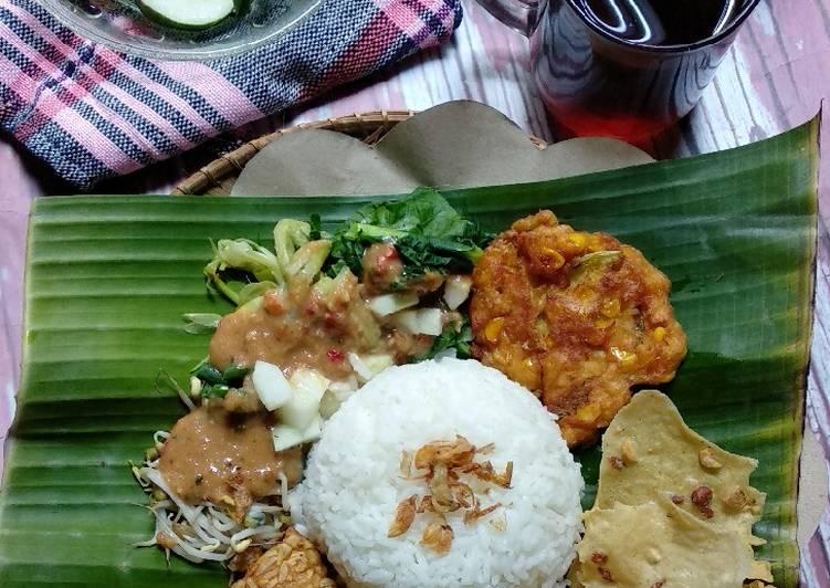 Resep: Sego Pecel Jawa Timur yang bikin ketagihan