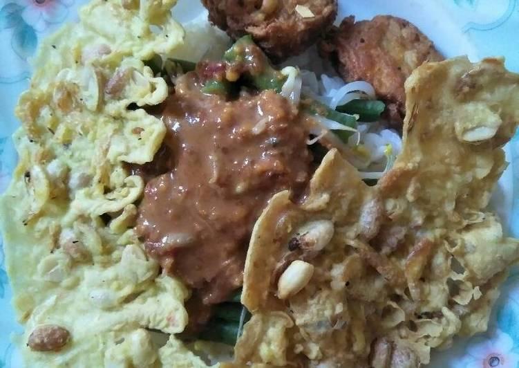 Cara membuat Nasi pecel rumahan ala resto