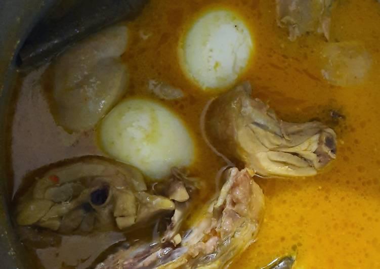 Resep: Opor Ayam dan Telur yang menggugah selera