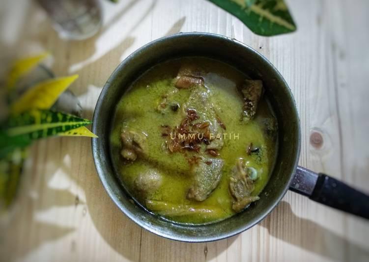 Resep membuat Opor Ayam ala Rumah Makan Gudeg Yu Nap lezat