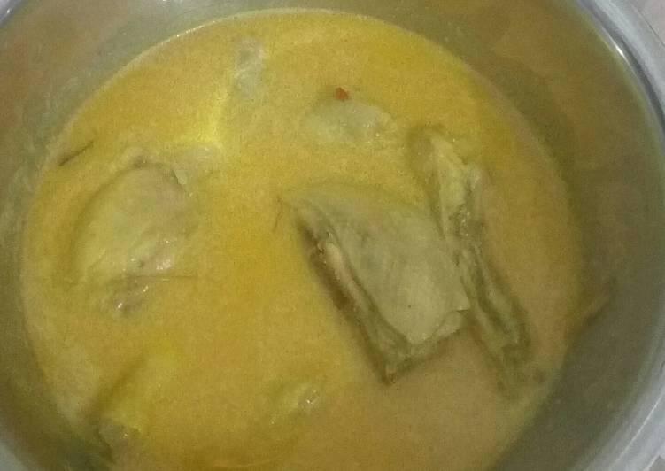 Resep membuat Opor ayam kuning sedap