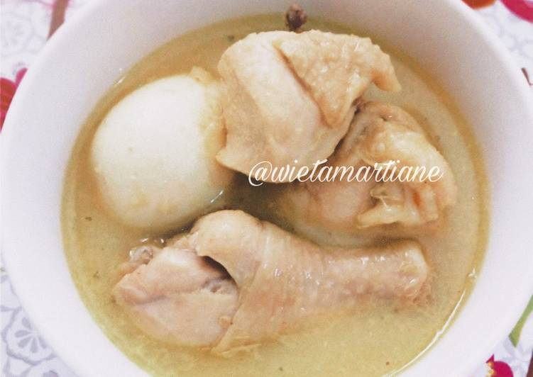 Resep: Opor Ayam Telur yang bikin ketagihan
