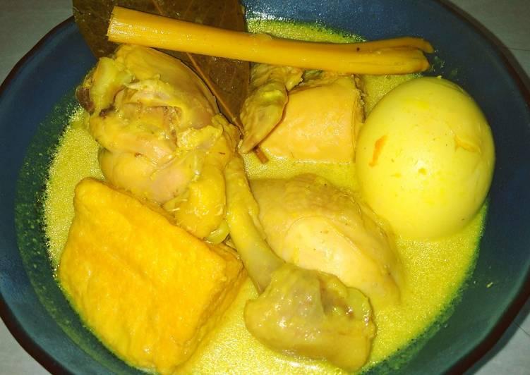 Cara Mudah memasak Opor Ayam Tahu Telur ala resto