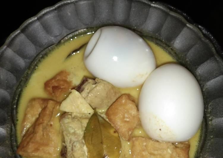 Cara memasak Opor telur tahu ayam lezat