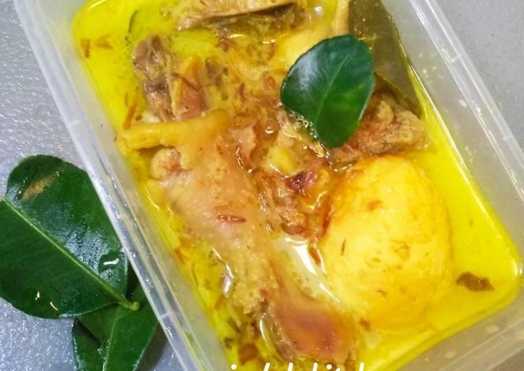 Resep: Opor ayam telur gak ribet ala resto