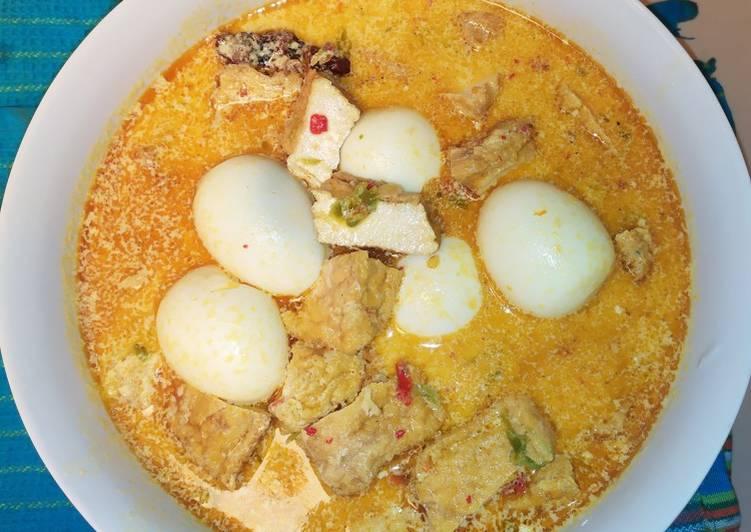 Resep memasak Opor telur dan tahu enak