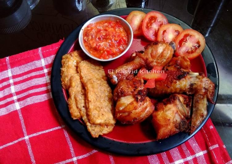 Cara memasak Pecel Ayam yang bikin ketagihan
