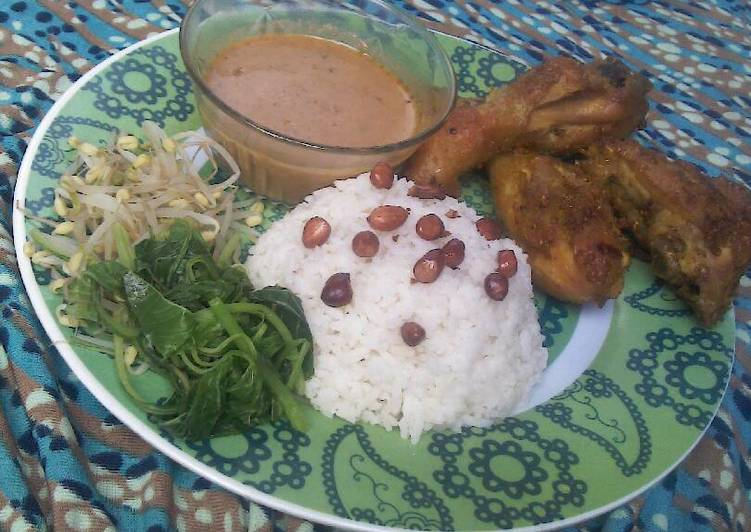 Resep: Ayam Goreng Simple Wong jowo yang menggugah selera