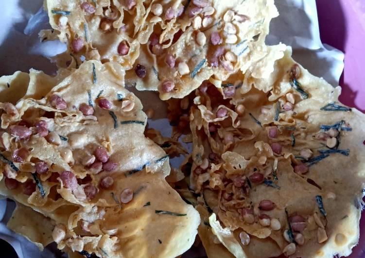 Cara Mudah membuat Peyek kacang yang bikin ketagihan
