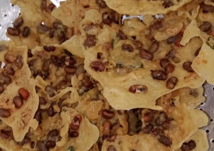 Resep: Cara membuat peyek kacang lotho ala resto