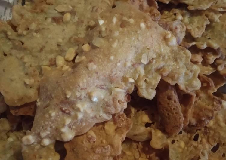 Resep memasak Peyek kacang tanah enak