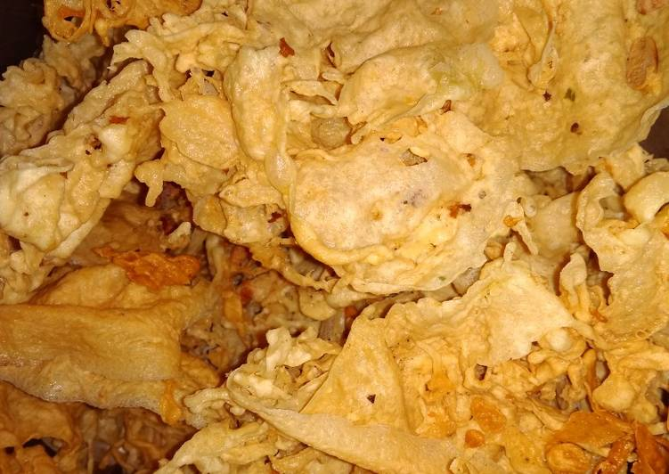 Resep: Peyek kacang bawang yang menggugah selera