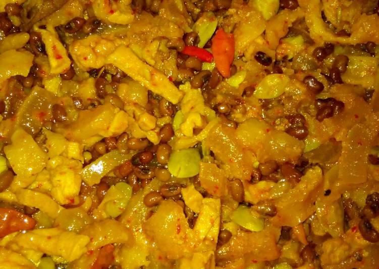 Resep membuat Sambal goreng cecek tahu kacang krotok lezat