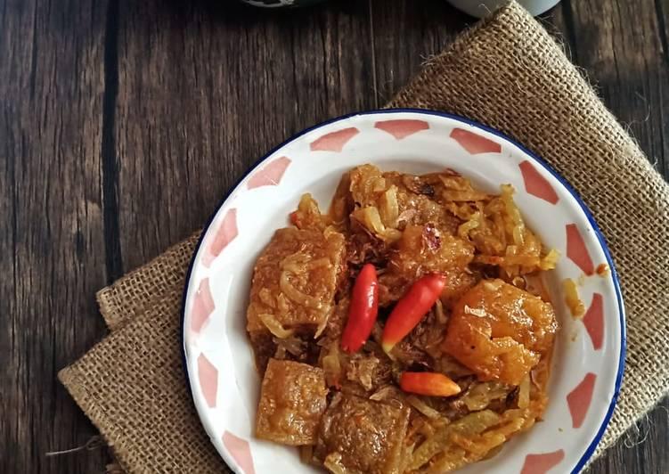 Cara memasak Sambal Goreng Labu + Kerecek yang bikin ketagihan