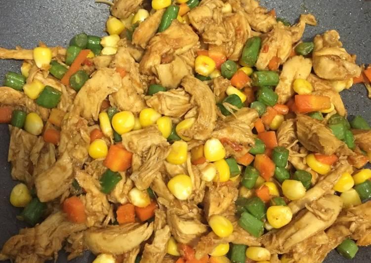 Resep: Suwir Ayam dan Sayur Semar Mesem yang menggugah selera