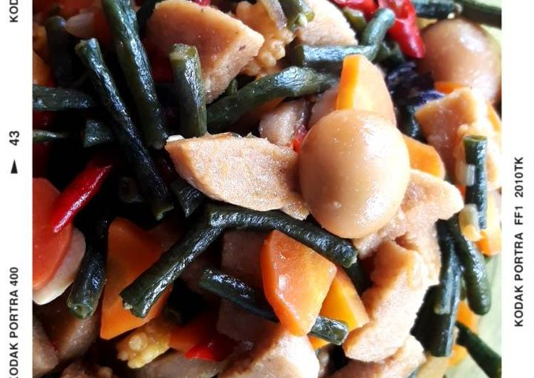 Resep mengolah Oseng pedas sayur + tempe gembus & telur puyuh enak