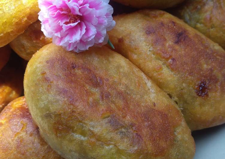 Resep membuat Timus ubi isi kelapa istimewa