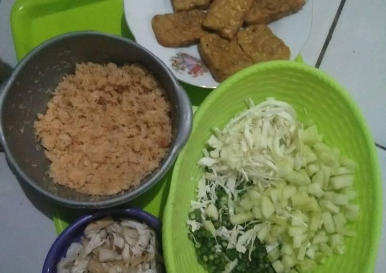 Resep: Trancam ayam suwir (ala2 kondangan jawa) ala resto