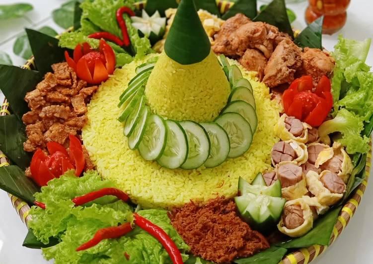 Resep membuat Tumpeng nasi kuning rumahan yang menggugah selera