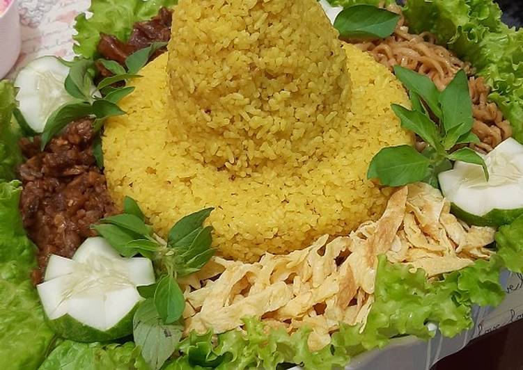 Resep membuat Nasi kuning tumpeng yang menggugah selera