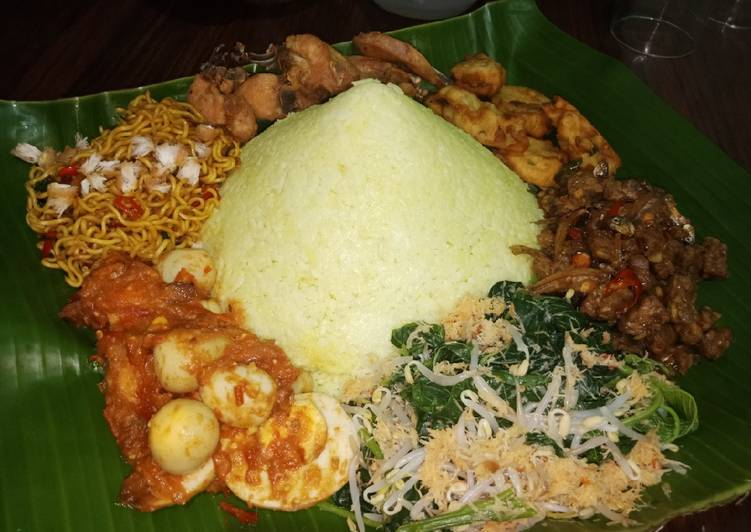 Cara mengolah Nasi tumpeng rice cooker ala resto