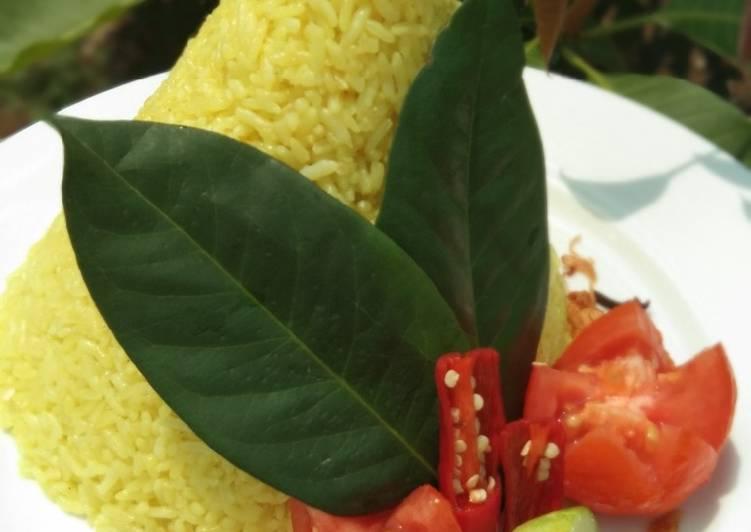 Resep: Nasi Tumpeng beras plus ketan wangi dan pulen sedap