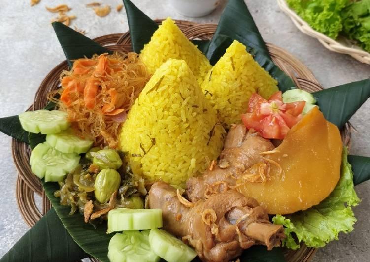 Resep memasak Tumpeng Mini Nasi Kuning Daun Jeruk ala resto