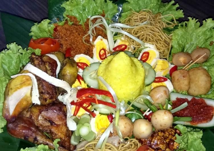 Cara membuat Nasi kuning untuk tumpeng mini yang bikin ketagihan