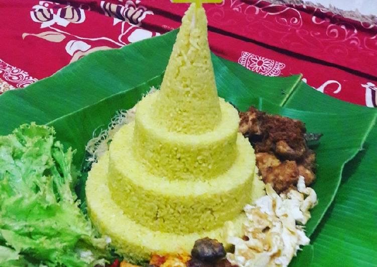 Cara Mudah membuat Nasi tumpeng ultah sederhana yang menggugah selera