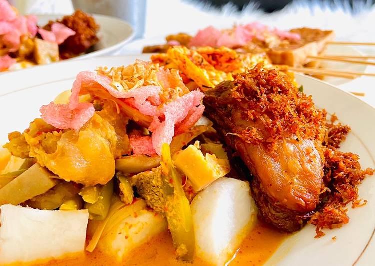 Cara Mudah memasak Lontong sayur Padang ala resto