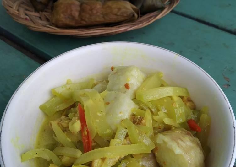 Cara Mudah memasak Lontong sayur yang menggugah selera