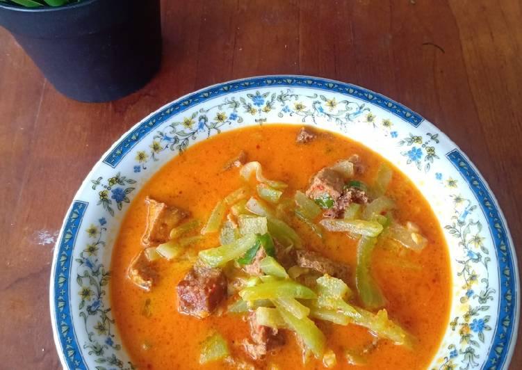 Cara memasak Sayur Lodeh Labu Siam dan Tahu (Lontong Sayur) yang bikin ketagihan