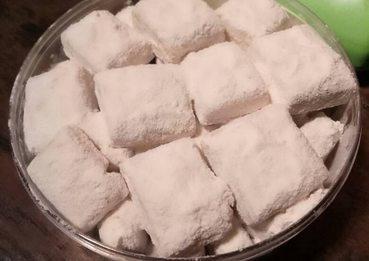 Resep: Balok balok kue salju kacang tanpa oven enak