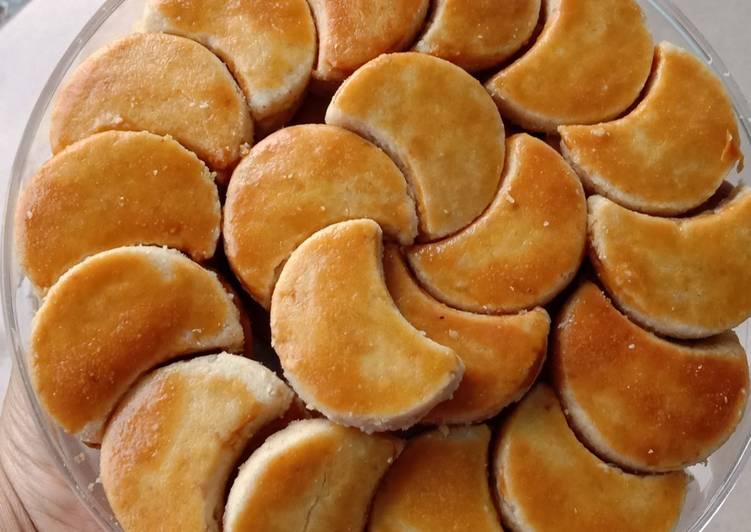 Resep mengolah Kue kacang krenyes ala resto