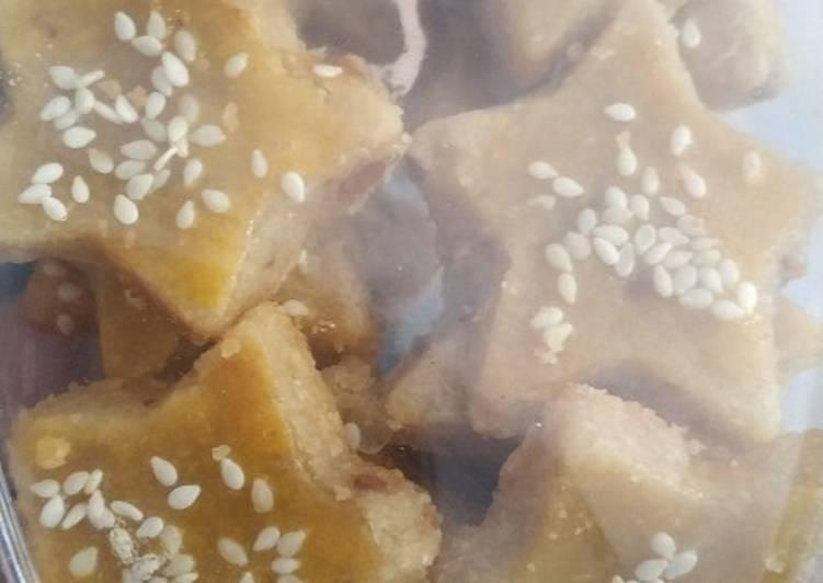 Cara Mudah mengolah Kue Kacang Kurma ala resto