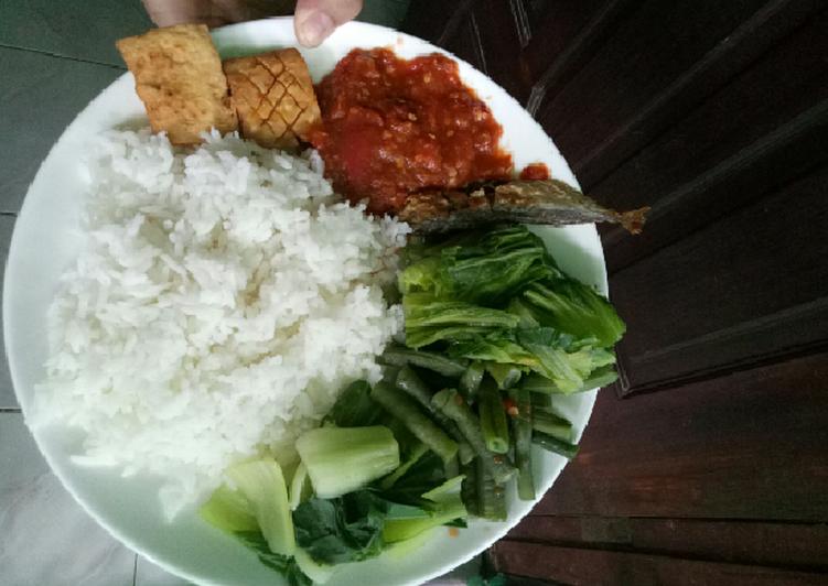 Cara Mudah memasak Nasi Tempong khas Kota Banyuwangi