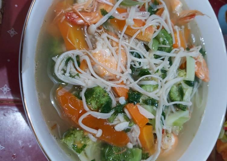 Resep: Sup udang jamur enoki simpel enak