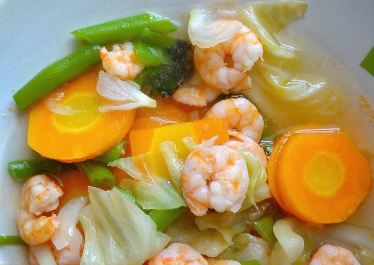 Cara Mudah membuat Sop udang sederhana lezat