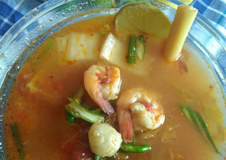 Cara memasak Sop udang Bakso asam segar enak