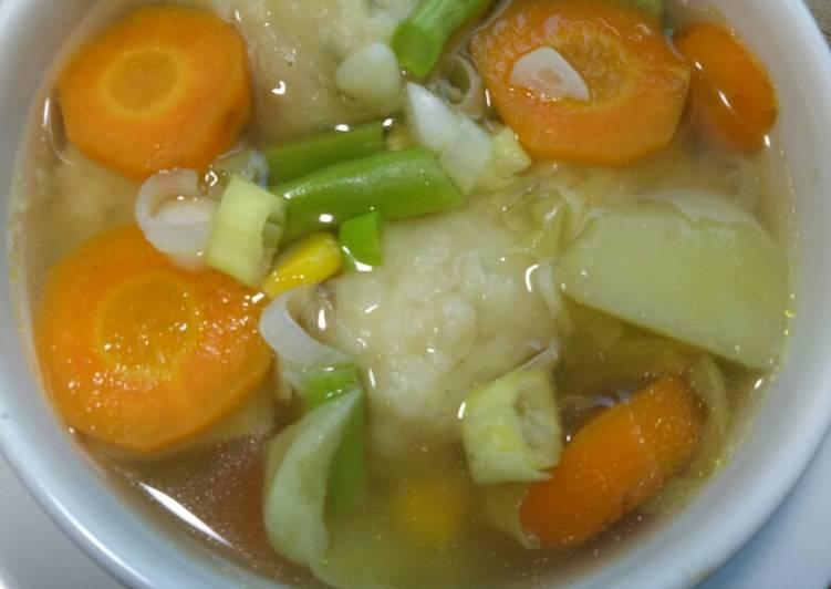 Cara membuat Sup bola udang enak