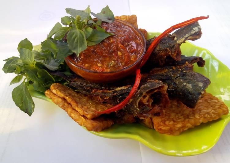 Resep: Pecel lele sambal khas pati yang menggugah selera