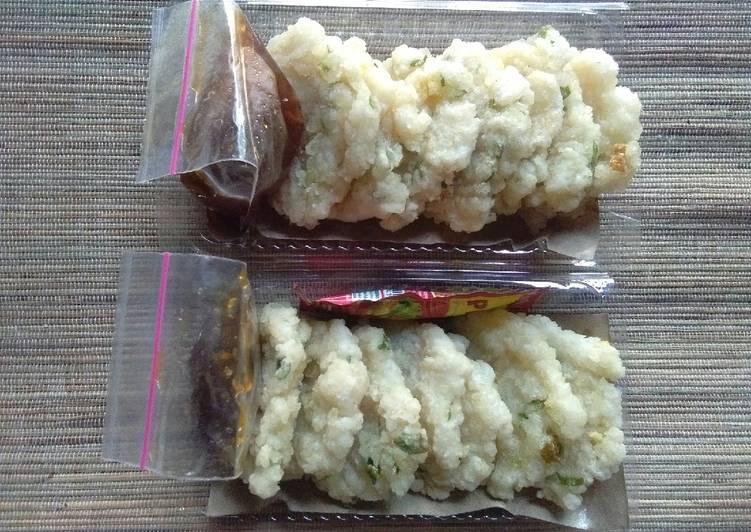 Resep: Cireng nasi bumbu rujak lezat